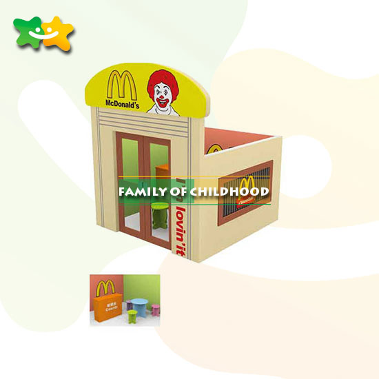 Children Wooden Role Playhouse Doll House for fun